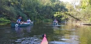 Kanus und Boote
